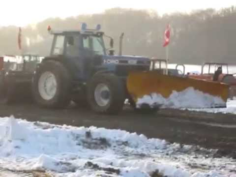 Til Juletræk med sneplov